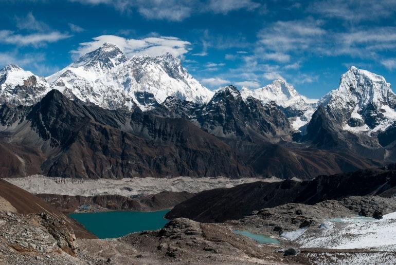 Widok na Mount Everest z przełęczy Renjo La