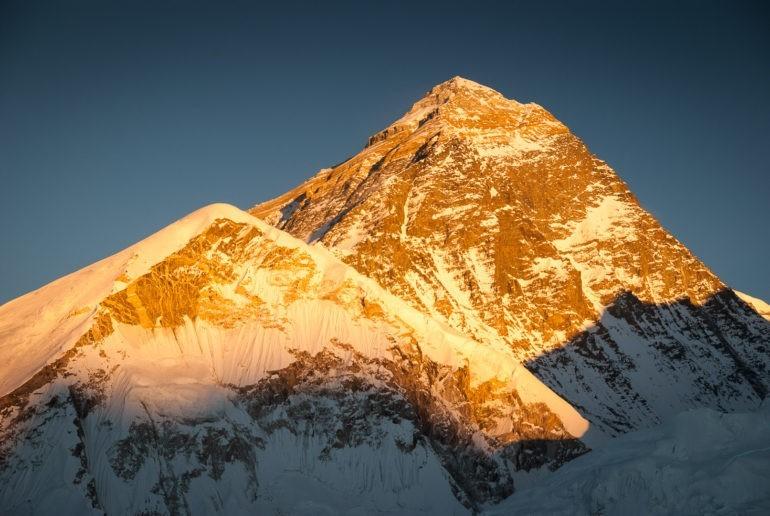 Zachód słońca z szczytu Kala Patthar - Mount Everest