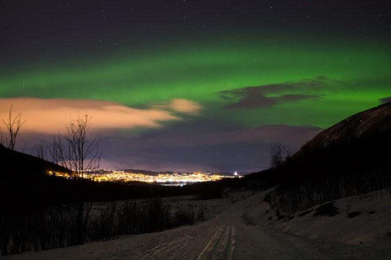 Nie dziwi nas fascynacja fotografów, którzy polują na zorzę polarną latami