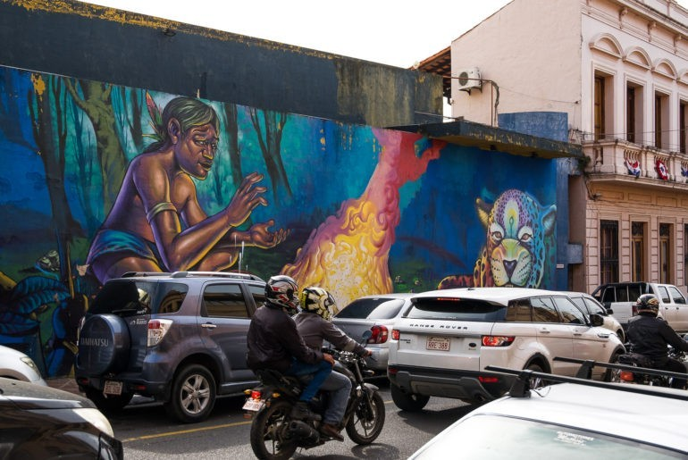 Mural w centrum Asuncion