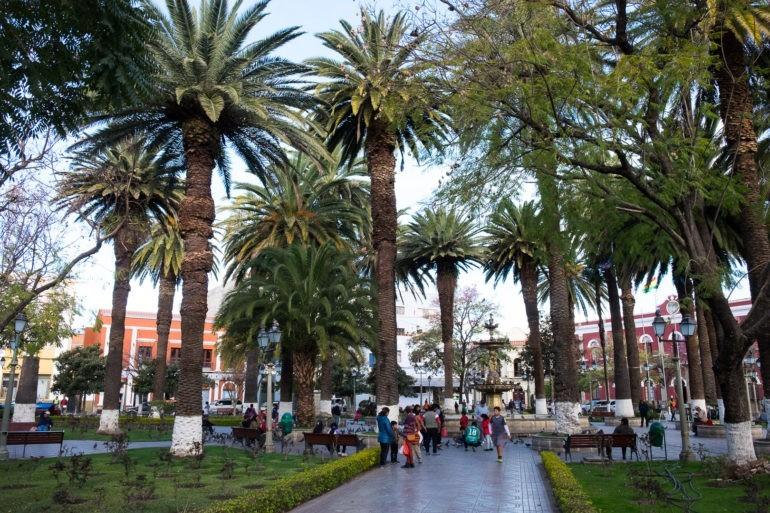 Tarija ma kilka bardzo ładnych placów na których wypoczywają miejscowi i turyści