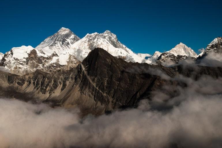 Mount Everest widoczny z Gokyo Ri