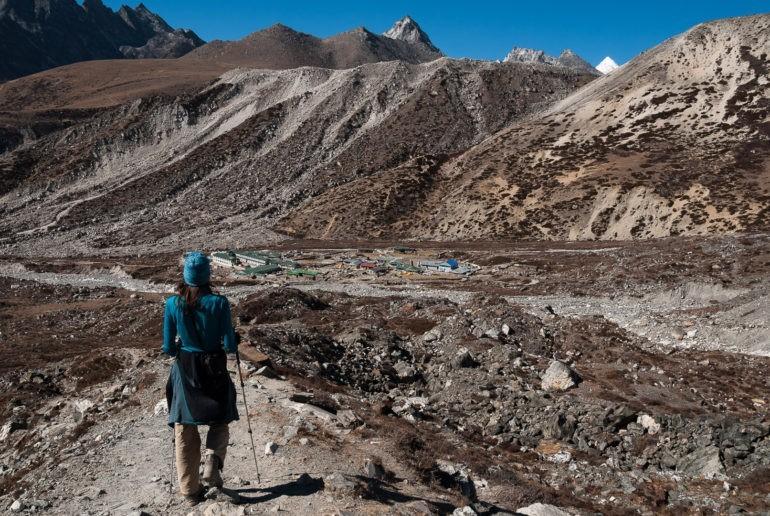 Schodzimy do wioski Chukhung