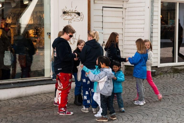 Licealiści podczas święta Russ w Stavanger