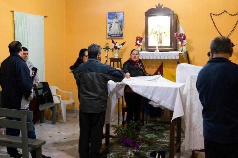 Po mszy wszystko jest sprzątane przez wiernych