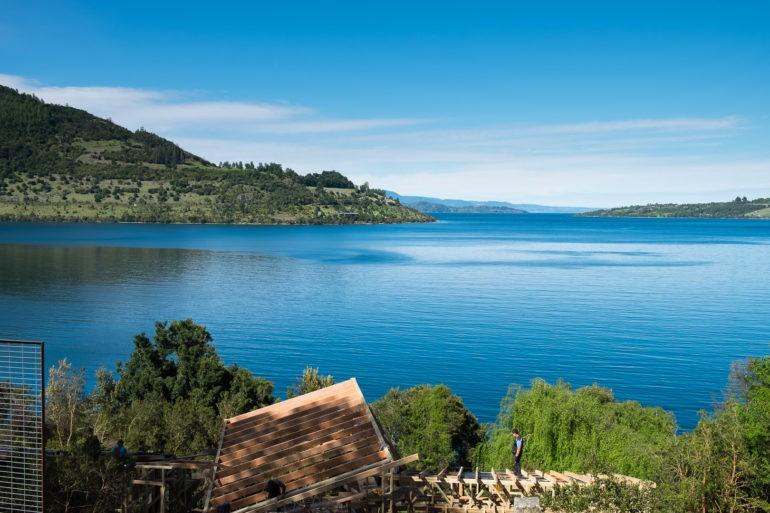 W turystycznych regionach zabudowuje się każde wolne miejsce