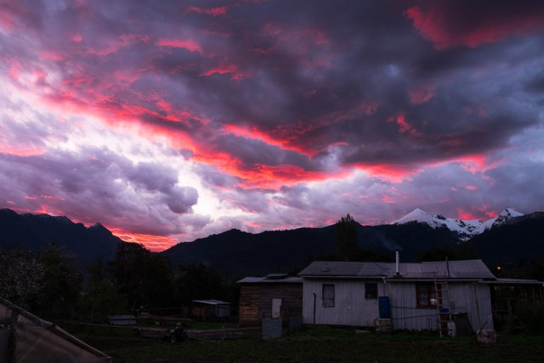 Co zwiastuje taki zachód słońca?