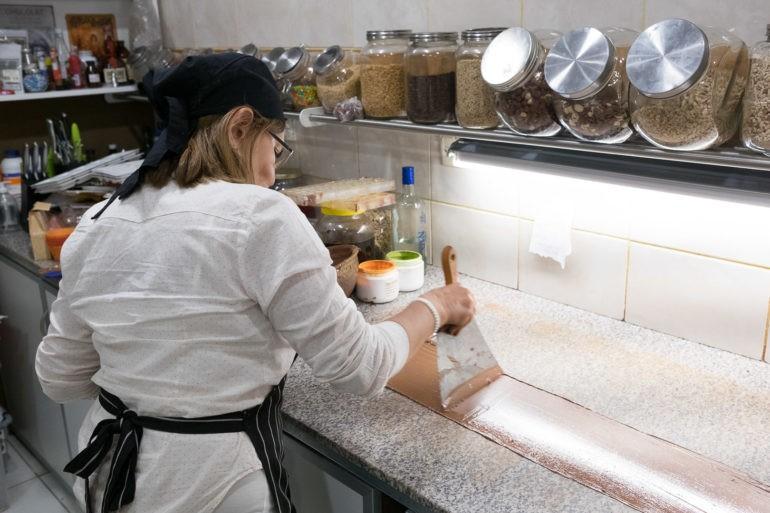 Proces przygotowywania słodyczy w El Calafate