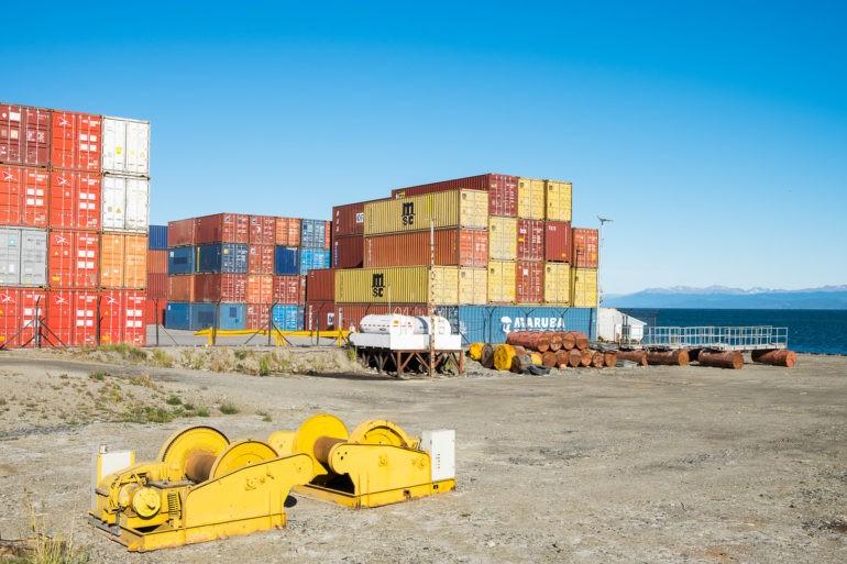 Przemysłowe nadbrzeże Ushuaia