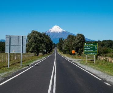 Widoczne na horyzoncie Osorno rozpoznajemy bezbłędnie przy każdej okazji
