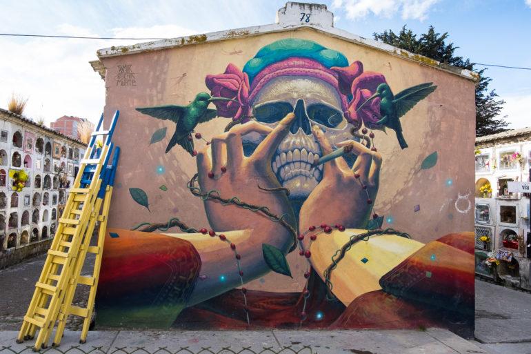Jeden z murali na głównym cmentarzu w La Paz