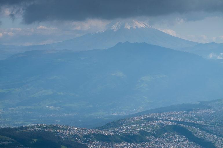 Cotopaxi nad Quito