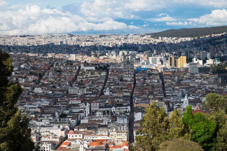 Widok ze wzgórza Virgen del Panecillo