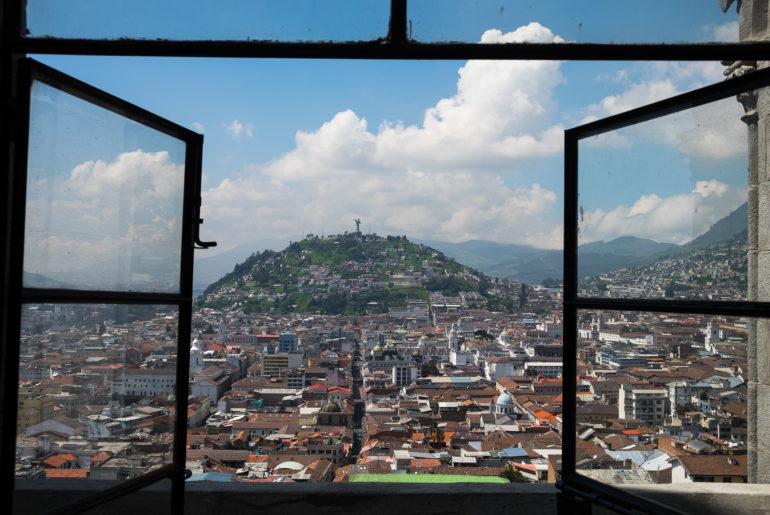 Widok na Quito z Basilica del Voto Nacional